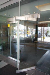 Swing Doors Restaurant Ontario